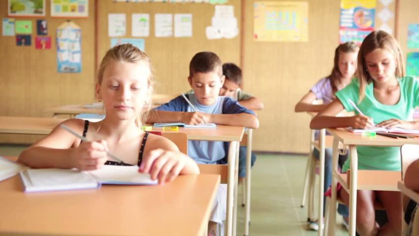 HD DOLLY: Schoolchildren in Class