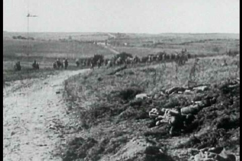 1910s - Battlefield footage from World War One, 1917.