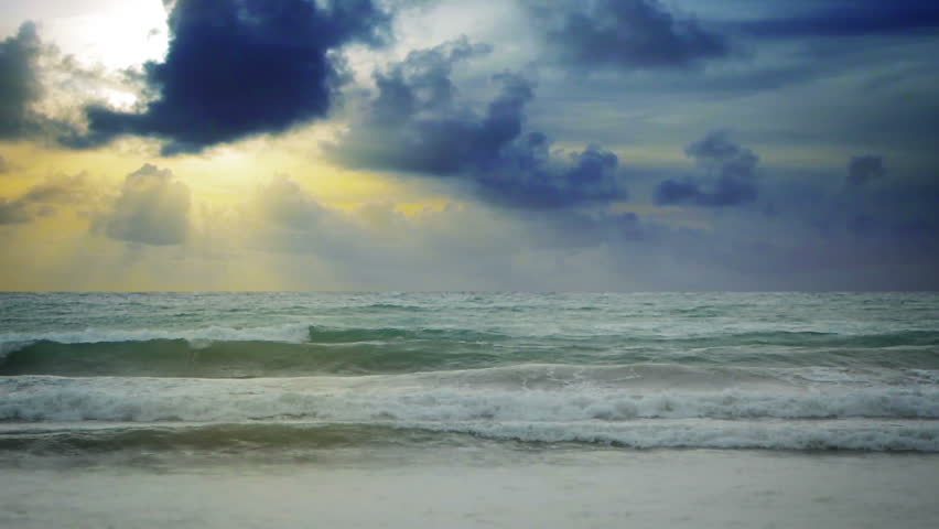 Video 1080p - Beautiful sky with solar beams over the sea