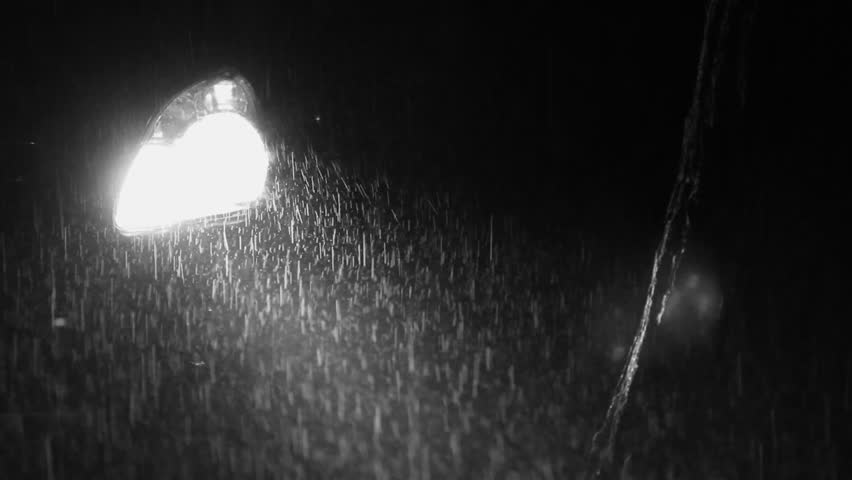 Truck Headlights In Rain : Stockvideo von car headlight on rainy night black