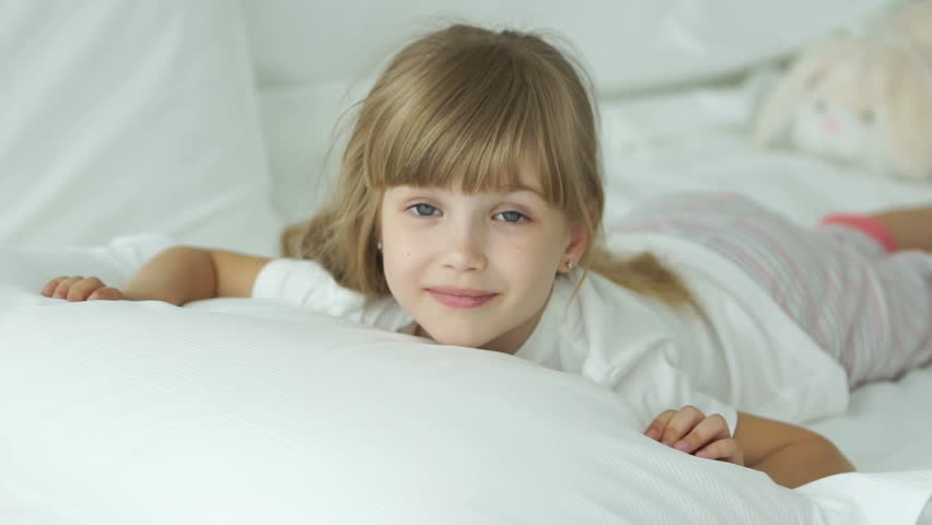 Little Girl House Bed