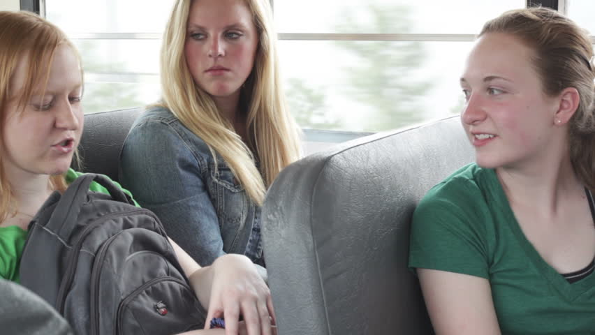 Real High School Girls On The Bus - Ban Porno-9014