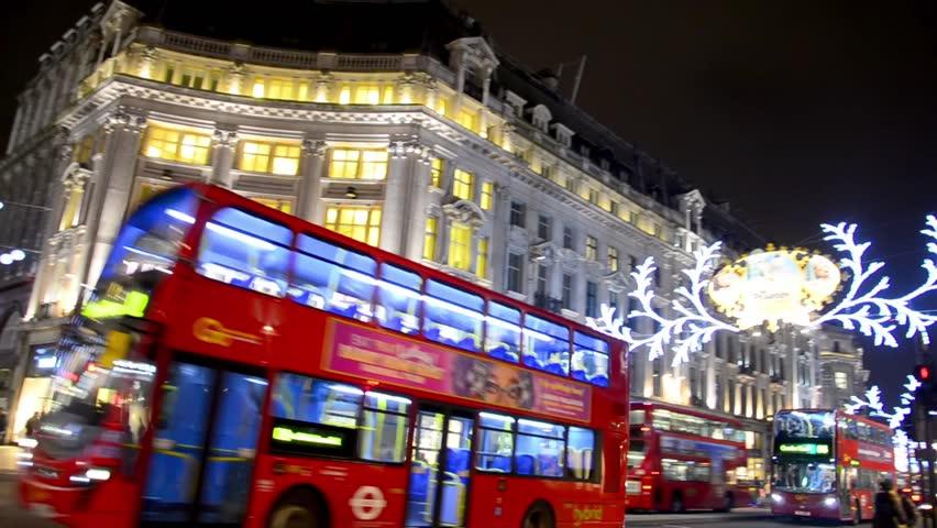 LONDON, UK - DECEMBER 07: Buses And Cars Drive Through Regent ...