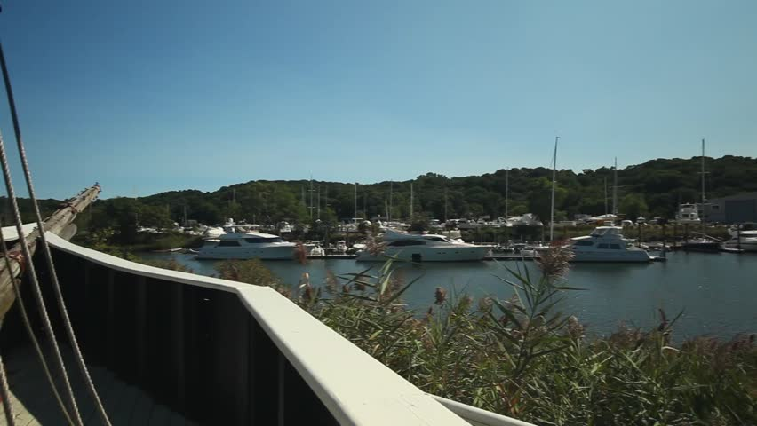 Overview of boats docked at a distance (2 of 2)