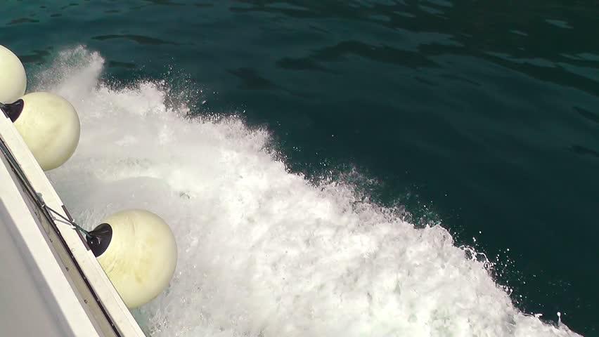 Header of cutwater