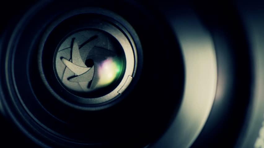 Lens operation. Camera shutter aperture transition.