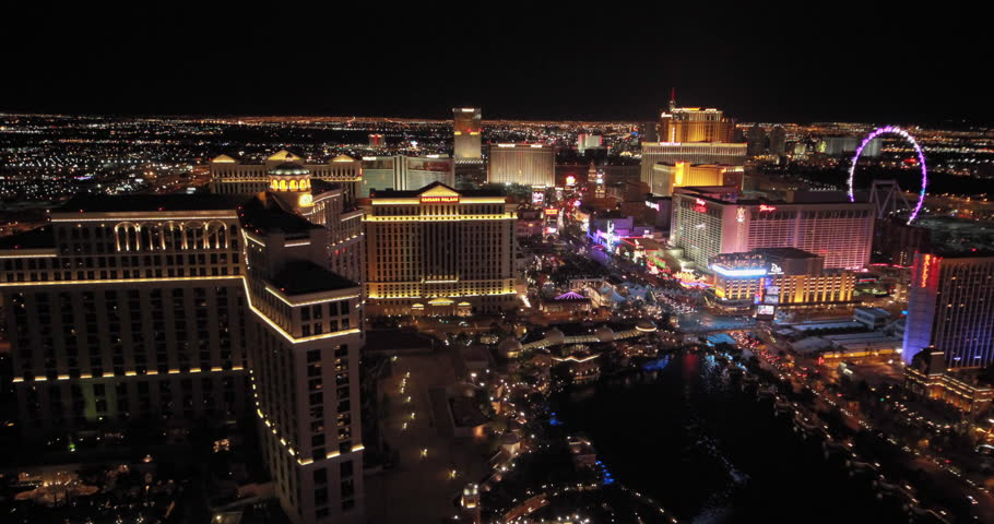 Las Vegas Strip Night Hd Video Clip 582382: 3 APRIL 2014: Timelapse Of The Streets In