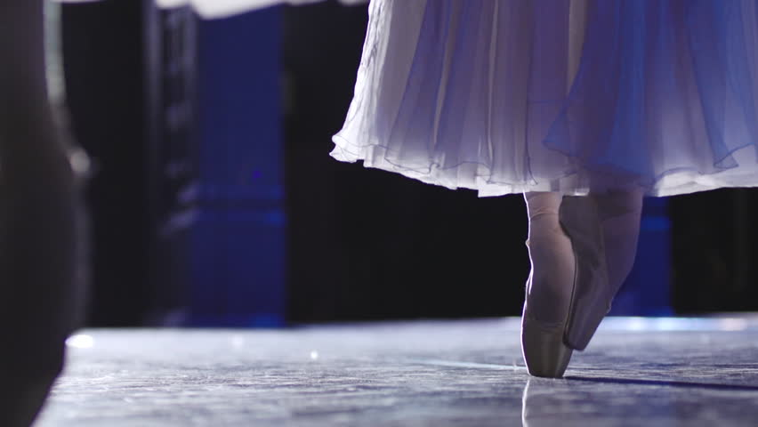 Stock video footage classical ballet ballerina on pointe