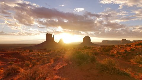 Monument Valley Sunrise 01 Timelapse Clouds
