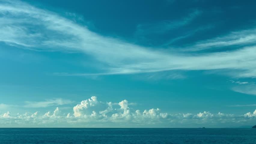 Video 3840x2160 UHD - The sky over the ocean. Daytime timelapse