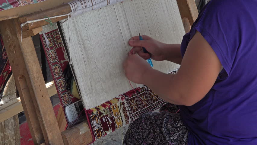 Ephesus Turkey Sept 2017 Woman Weaves Handmade Rug Turkish Carpets And Rugs Whether Hand Knotted Or Flat Woven Are Among The Most Well