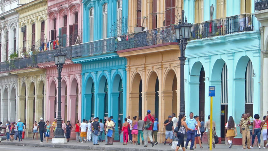 Use Of Old Cars In Cuba