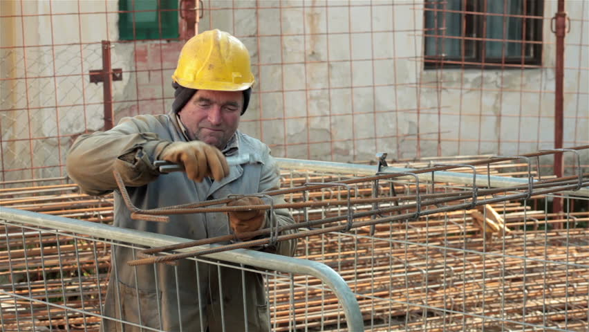 how to become a laborer